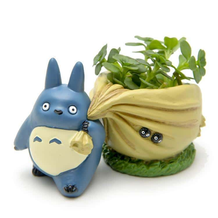 My Neighbor Totoro Blue with Flower Pot Figure - ghibli.store