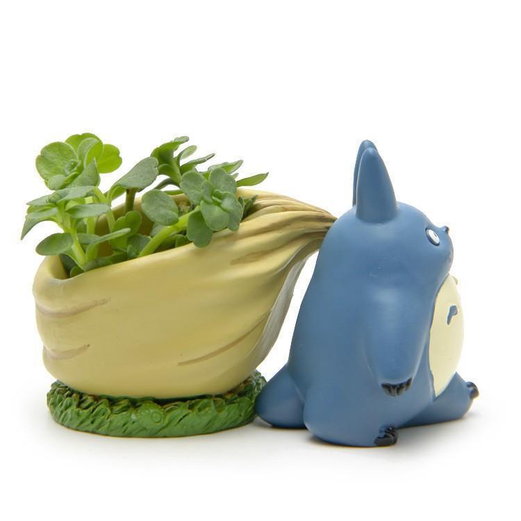 My Neighbor Totoro Blue with Flower Pot Figure - ghibli.store